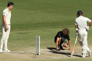 Mitchell Johnson, Michael Vaughan slam ICC's Perth pitch rating