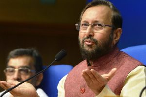 'The Accidental Prime Minister' presided over 'loot raj'; Javadekar attacks Manmohan, Gandhis over VVIP chopper case