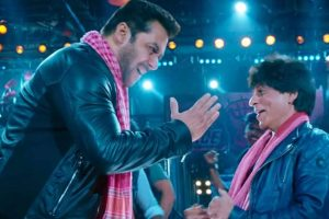 Zero song Issaqbaazi: Shah Rukh Khan and Salman Khan dance it off
