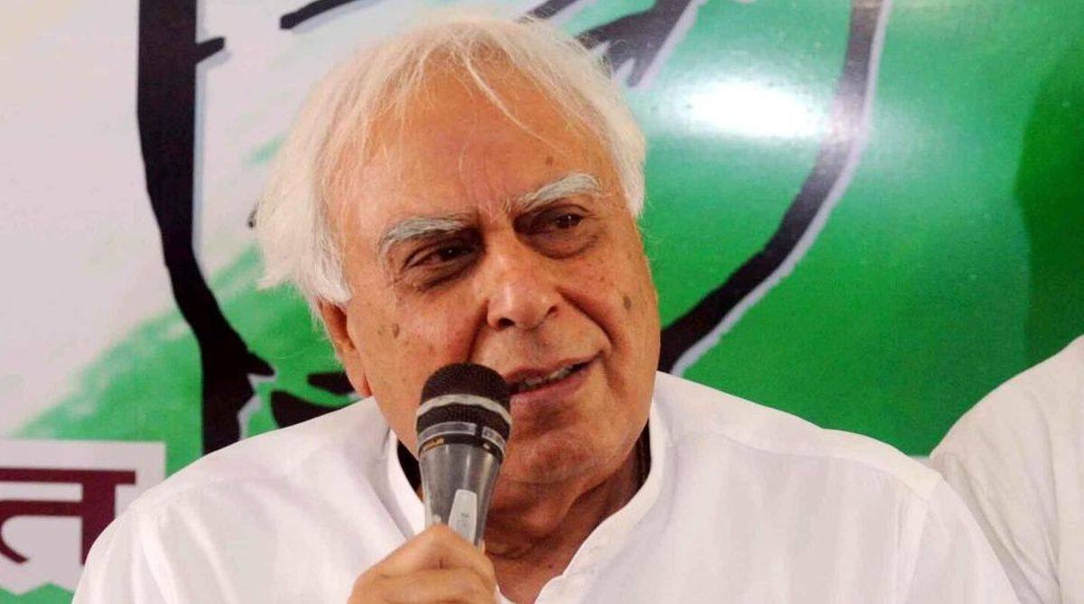 EVM tampering,Congress,Kapil Sibal,Kamal Nath,Madhya Pradesh Assembly polls, Assembly elections 2018,Election Commission