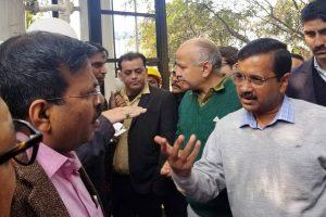 Show files on Sahara-Birla, Rafale; Arvind Kejriwal dares Narendra Modi