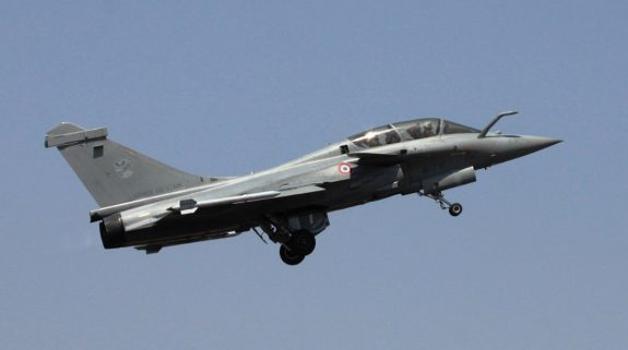 Rafale Deal: Following unrelenting attack from Congress, Centre seeks alteration in SC order