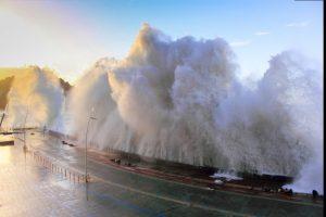 Tsunami alert after 7.5-magnitude quake strikes New Caledonia Pacific Island