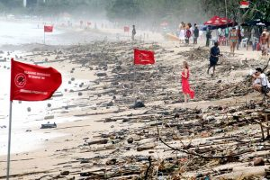 Bali beaches closed due to bad weather, warning issued for tourists