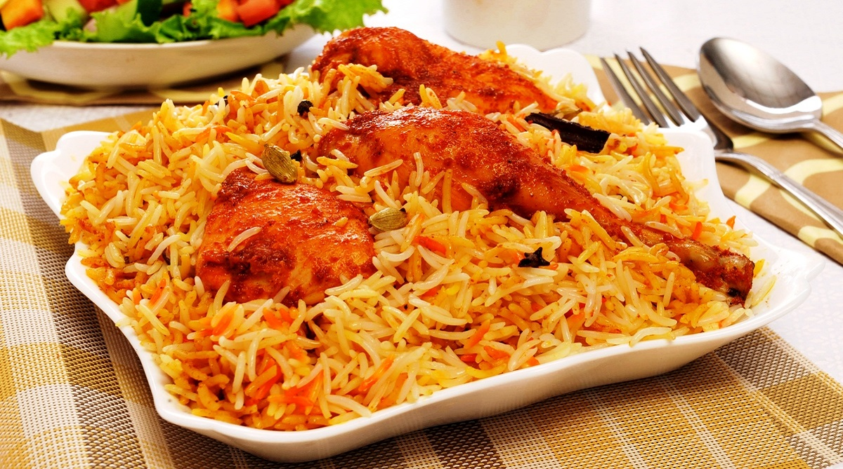 India binged on 20,000 Biryanis, New Year's Eve, Foodpanda, Black Forest chocolate cake, Chicken rolls, Burgers, Fried rice, Chicken Biryani, Butter Chicken, Hakka Noodles