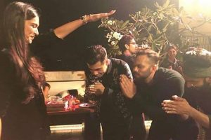 Simmba success bash: Cast parties with Deepika Padukone, Kajol, Ajay Devgn, Akshay Kumar