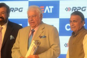 Farokh Engineer criticises Harbhajan for comments on Ashwin
