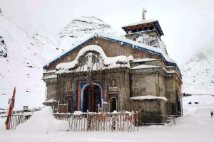 Fresh snow in Kedarnath, pilgrimage town registers coldest day of the season