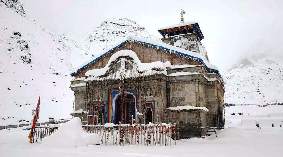 Fresh snow in Kedarnath, Kedarnath registers coldest day of season, Dehradun, Heavy snowfall, Kedarnath, District Ruderprayag, Uttarakhand, Prime Minister Narendra Modi, Saraswati river Ghat, Sankarcharya Samadhi restoration work