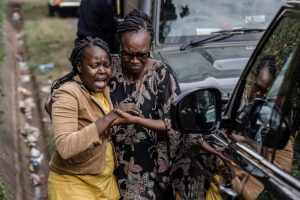 Fifteen killed in ongoing Islamist attack on Kenya hotel complex