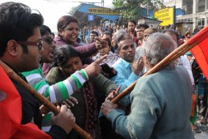Trade strike largely ineffective in Bengal on second day
