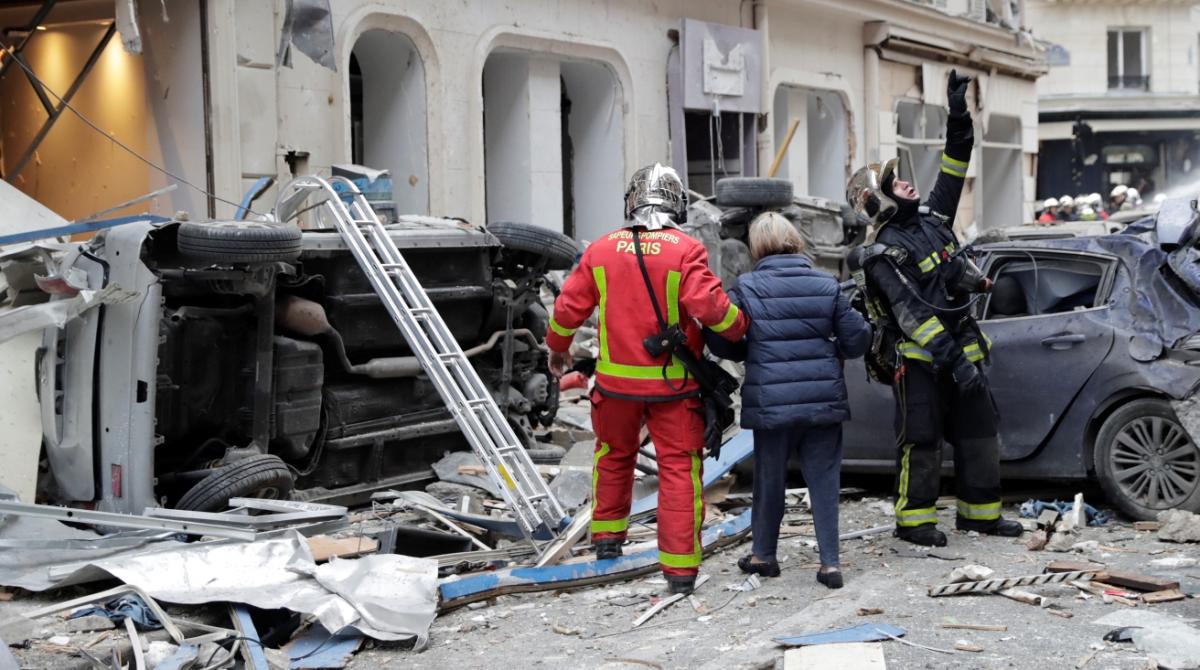 Explosion, Central Paris, Paris bakery, Police, Gas leak
