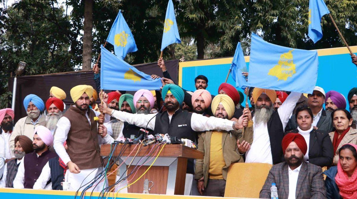 Punjab AAP, Aam Aadmi Party, Shiromani Akali Dal, Sukhpal Singh Khaira, Kanwar Sandhu, Lok Sabha elections 2019, Arvind Kejriwal, Baldev Singh