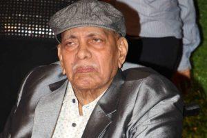 Ramakant Achrekar cremated, tearful Tendulkar in attendance
