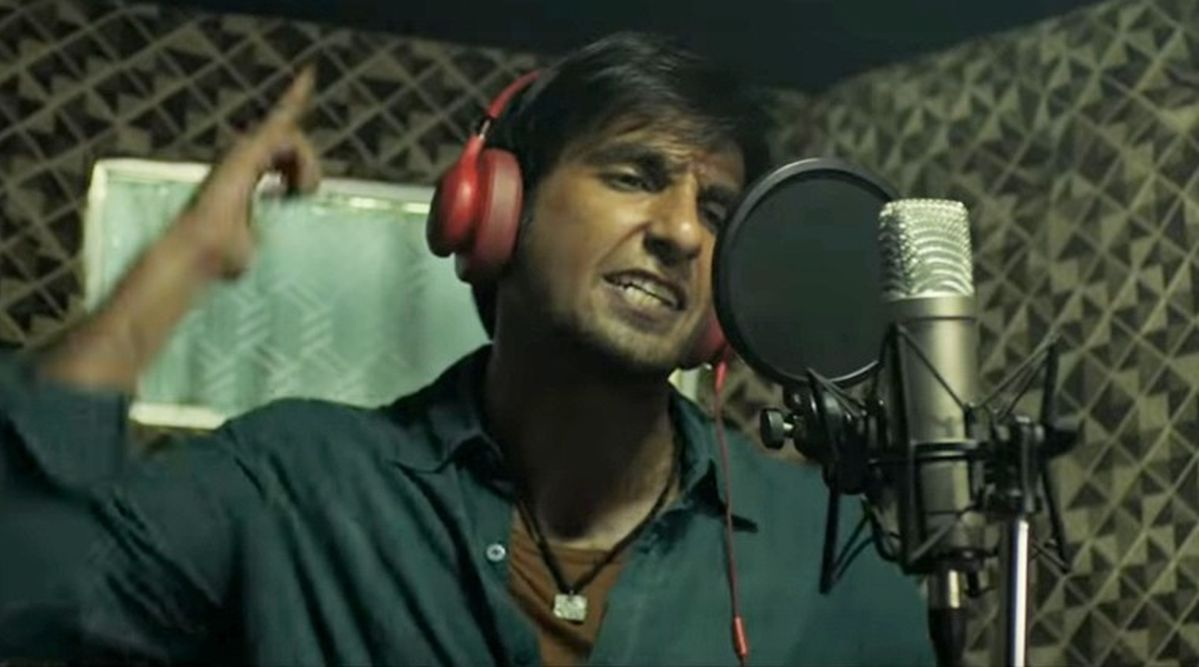 Ranveer Singh impresses as aspiring rapper in 'Gully Boy' trailer