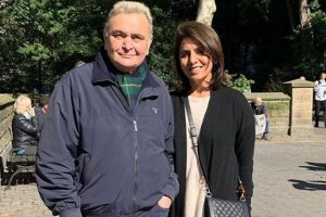 Did Neetu Singh give a major hint at what Rishi Kapoor is suffering from?