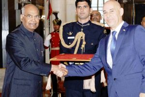 Israel's new ambassador to India presents credentials to President Kovind