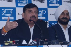 AAP demands replacement of 'untrustworthy' EVMs with ballot papers
