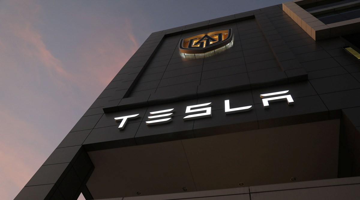 Elon Musk in China to lay foundation of first Tesla plant outside US