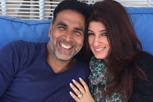 Here's what Akshay Kumar gave Twinkle Khanna on their 18th wedding anniversary
