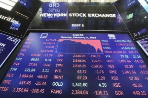 US stocks rally amid trade optimism, economic data