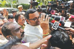 SC allows Karti Chidambaram to go abroad, warns of action if he doesn't cooperate in corruption probe