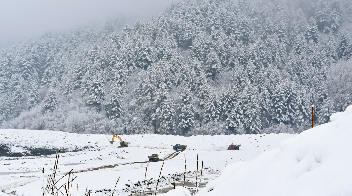 Ladakh, Kashmir avalanche, Khardung La, Met department, Weather advisory, Kashmir weather