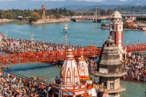 Over 16 lakh take holy dip at Kumbh on Makar Sankranti