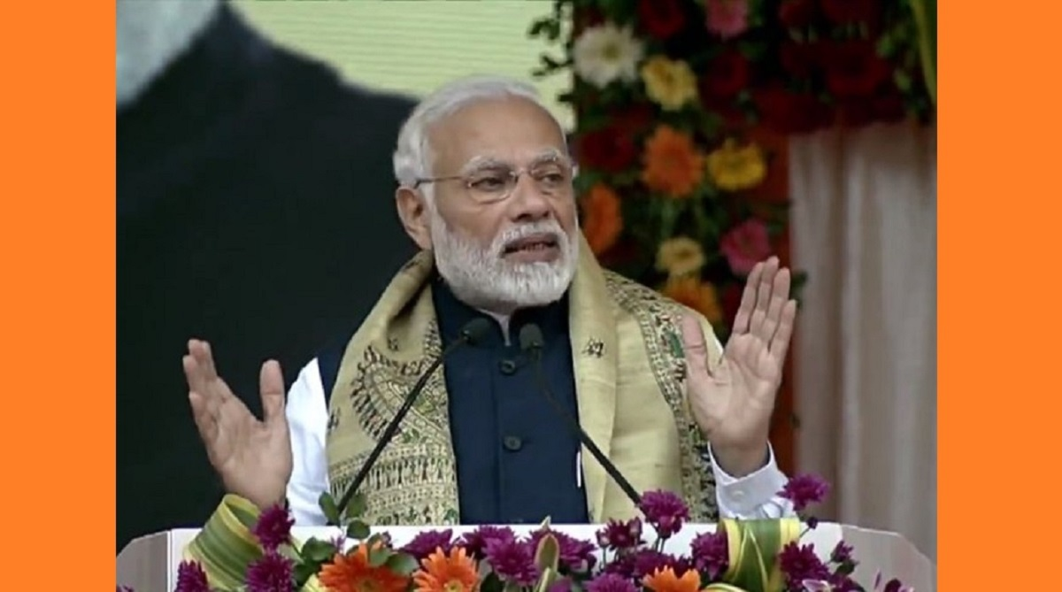 'Gang of thieves' targeting chowkidar, says PM Modi in all out attack on Congress