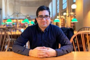 Shah Faesal seeks ideas from people of Kashmir to decide his political course
