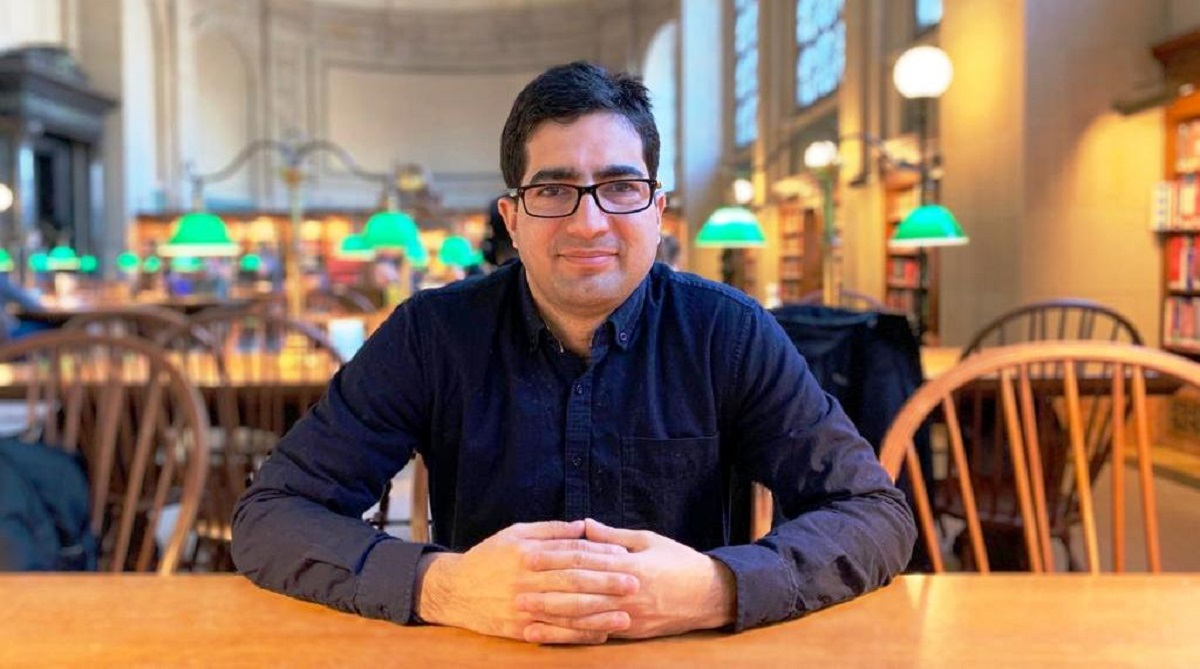 Shah Faesal seeks ideas from people of Kashmir, Srinagar, Kashmiri IAS officer, Shah Faesal, Jammu and Kashmir, Facebook, Indian Muslims, National Conference