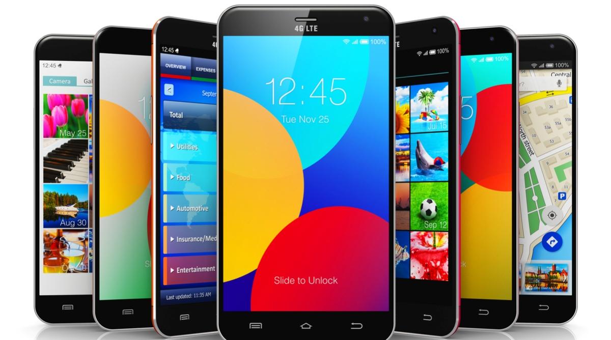smartphones, WhatsApp, Youtube, Facebook post, negative effects of smartphones, Levelfield School