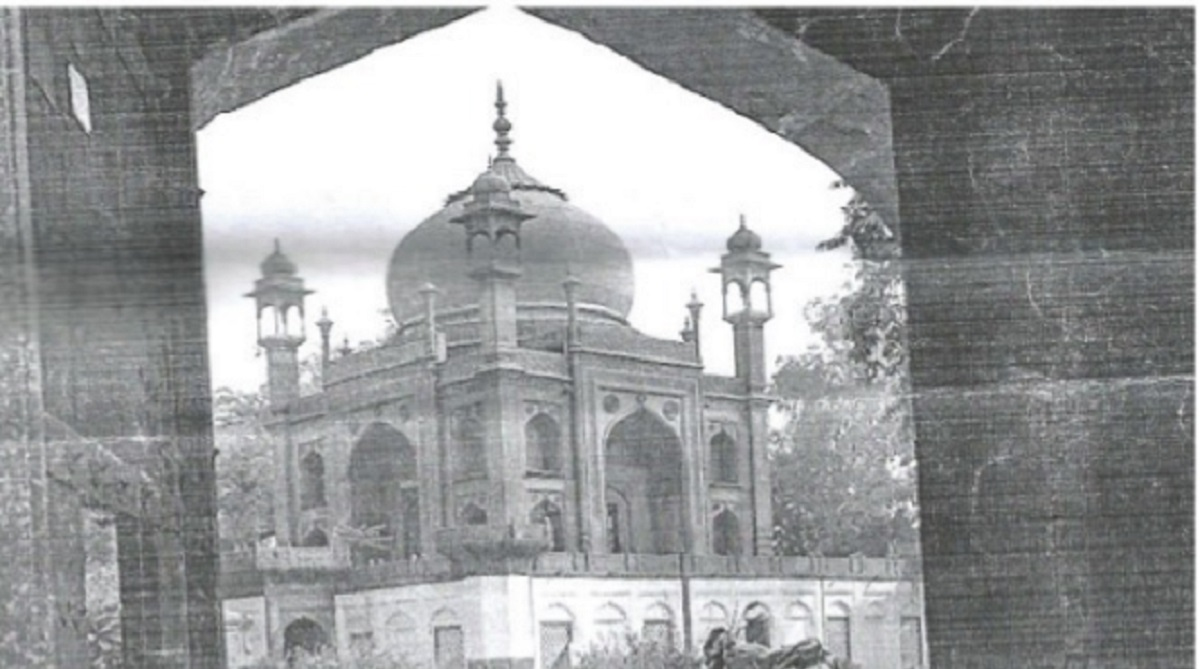 The 'Red Taj Mahal'at the martyrs'cemetery
