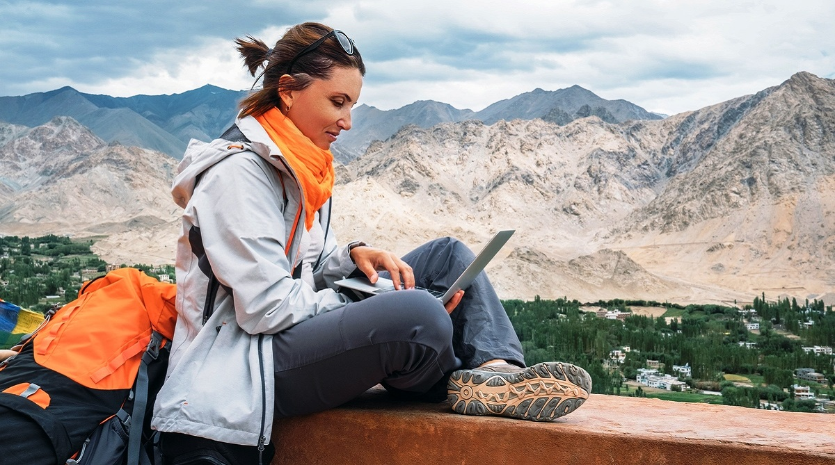 5 travel apps for solo travelers, Adventure Travel Trade Association, Cleartrip, Rapido, Enguru App, TripLingo, Confirmtkt