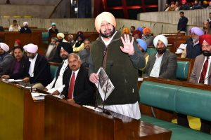 Police firing probe: Captain Amarinder says no witch-hunt, Badal indulging in theatrics
