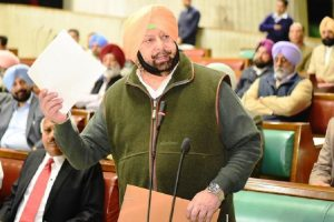 Amarinder Singh warns Pakistan Army chief against any misadventure in Punjab