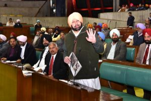 Pulwama attack: Punjab CM Amarinder Singh calls for befitting reply to Pak Army, ISI