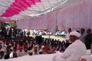 Will return Padma Bhushan if Modi govt doesn't fulfill promises: Anna Hazare