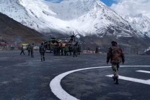 Operation to rescue five jawans trapped in avalanche resumes