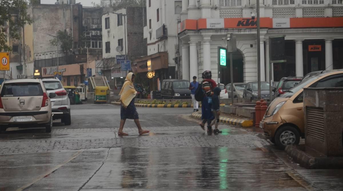 Delhi wakes up to rain; hailstorm likely later today