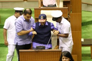 Goa CMO claims Parrikar hospitalised for endoscopy, Health Minister denies