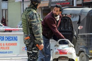 Amidst curfew in Kashmir, miscreants create unrest with rumours