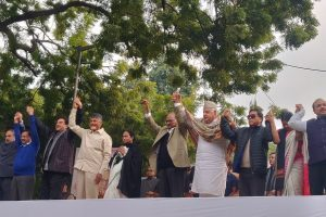 At Jantar Mantar, Opposition parties give call for ouster of Modi govt to 'save democracy'