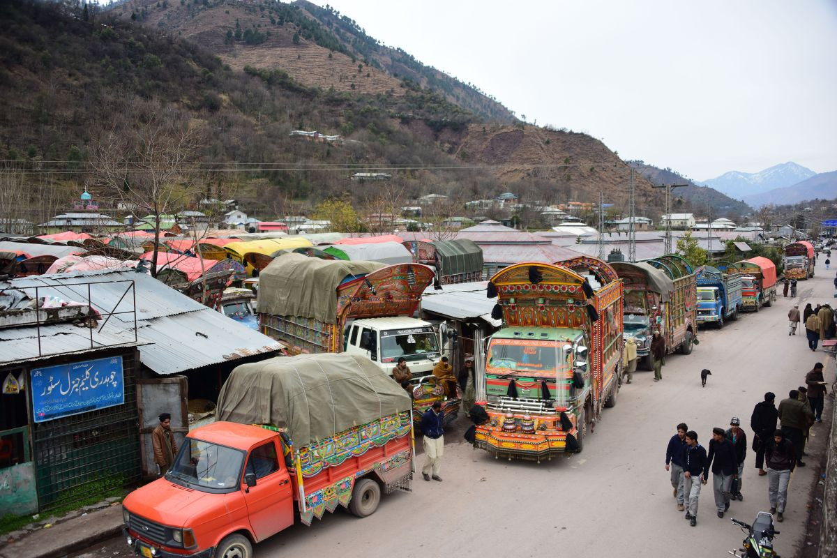 Cross-LoC trade goes on as usual despite tension on borders