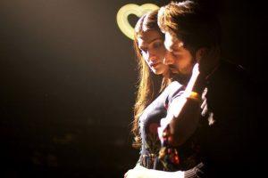 Luka Chuppi: Photo Song | Kartik Aaryan, Kriti Sanon