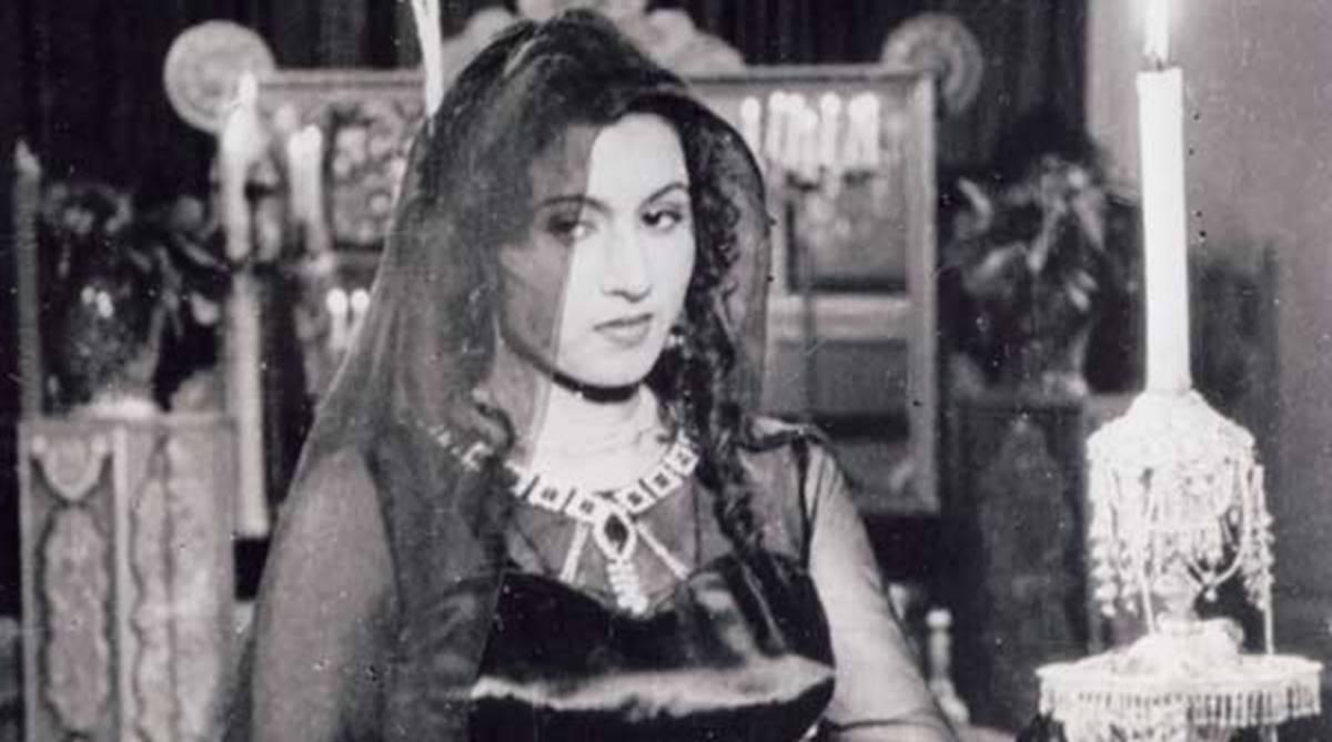 Madhubala Greek song, Madhubala, Madhubala song, Mandoubala, Hindi films, Stelios Kazantidis, Greek singer, Helen Abadzi