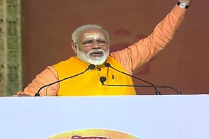 PM Modi takes dip in Sangam at Kumbh, praises sanitation workers