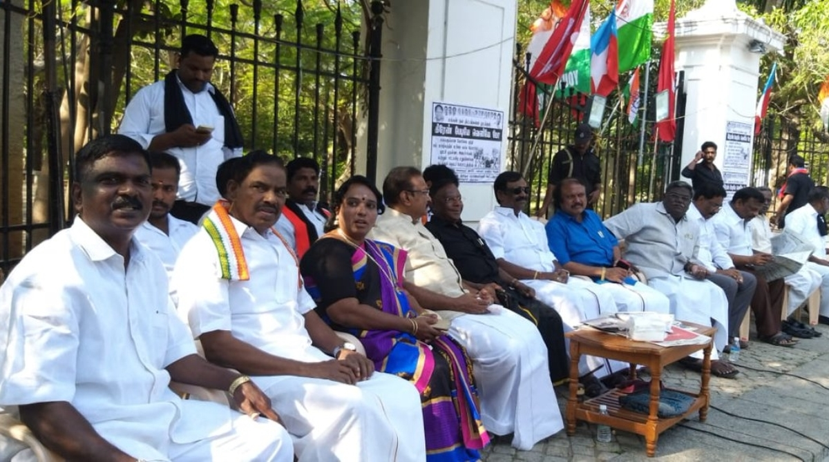 Power games, Kiran Bedi, Union Territories, Lt-Governor, Chief Minister V Narayanasamy