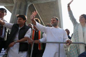 Priyanka Gandhi Vadra kicks off mega Lucknow roadshow with Rahul beside her
