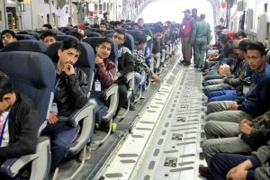 IAF operates sorties from Jammu to Srinagar to airlift stranded passengers
